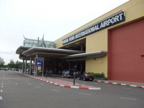 phnom phen air port Kamboja