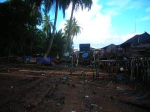 kampung nelayan selat desa, nyaris tak terjamah pembangunan batam yang begitu gemerlap