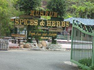 Ladang dan Kilang sekaligus tempat wisata Nahusa Herbal di Pagoh Muar Malaysia